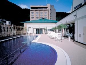 4F 屋外プール01